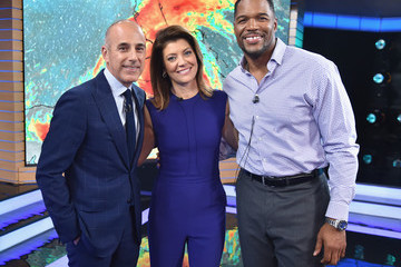 Michael Strahan Hand in Hand: A Benefit for Hurricane Relief - New York