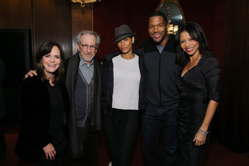 "Michael Strahan Nicole Murphy Special Screening Of Steven Spielberg's ""Lincoln"" At The Ziegfeld Theatre"