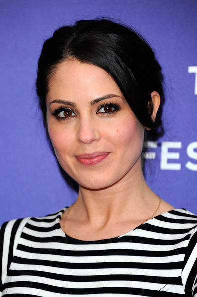 Michelle Borth biography