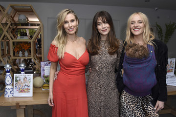Michelle Monaghan Sakara Life + Rothy's Celebrate 'Eat Clean Play Dirty' Cookbook Launch