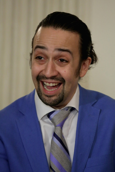 lin manuel miranda in michelle obama hosts cast of broadway 39 s 39 hamilton 39 at the white house zimbio. Black Bedroom Furniture Sets. Home Design Ideas