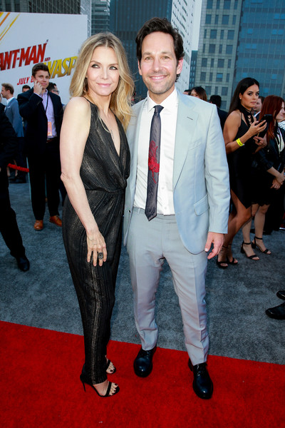 Michelle Pfeiffer Paul Rudd Michelle Pfeiffer Photos Premiere Of Disney And Marvel S Ant Man And The Wasp Red Carpet Zimbio