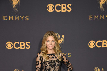 Michelle Pfeiffer 69th Annual Primetime Emmy Awards - Arrivals
