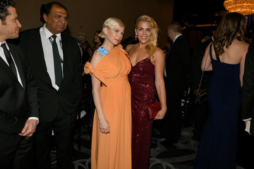 Michelle Williams Busy Philipps 77th Annual Golden Globe Awards - Cocktail Reception