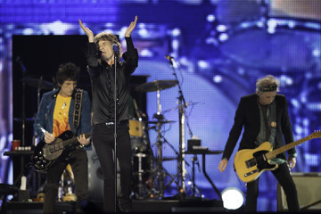 Mick Jagger Charlie Watts The Rolling Stones Perform in Abu Dhabi