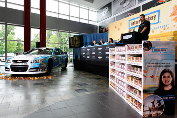 Mike Arning Danica Patrick & Stewart-Haas Racing Announce a Multiyear Partnership With Nature's Bakery
