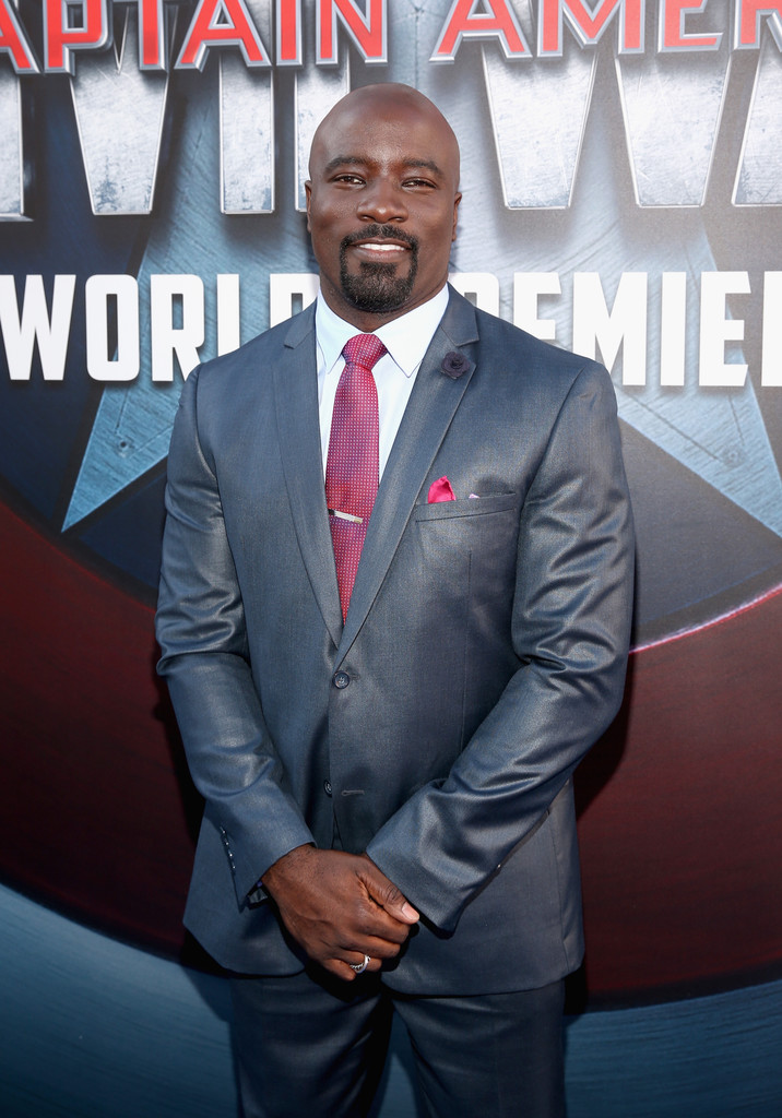 http://www1.pictures.zimbio.com/gi/Mike+Colter+World+Premiere+Marvel+Captain+fp7Qu9vd8DIx.jpg