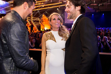 Mike Fisher Carrie Underwood Backstage at the American Country Countdown Awards