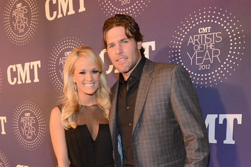 Mike Fisher Carrie Underwood 2012 CMT Artists Of The Year - Arrivals