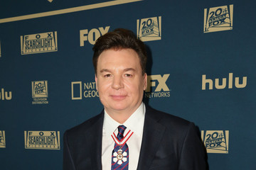Mike Myers 2019 Hulu Golden Globe Awards After Party