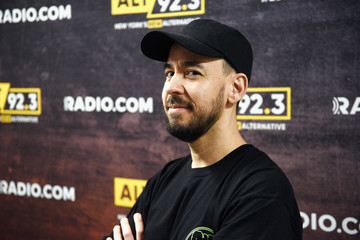 Mike Shinoda Alt 92.3's Not So Silent Night