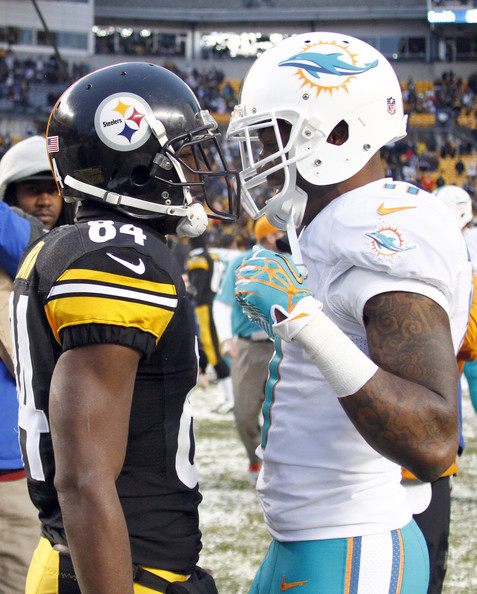mike wallace pictures miami dolphins v pittsburgh