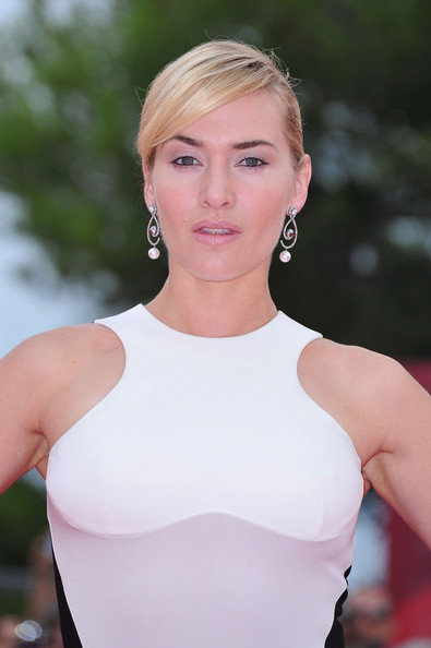 "Actress Kate Winslet attends the ""Mildred Pierce"" premiere during the 68th Venice Film Festival at Palazzo del Cinema on September 2, 2011 in Venice, Italy."