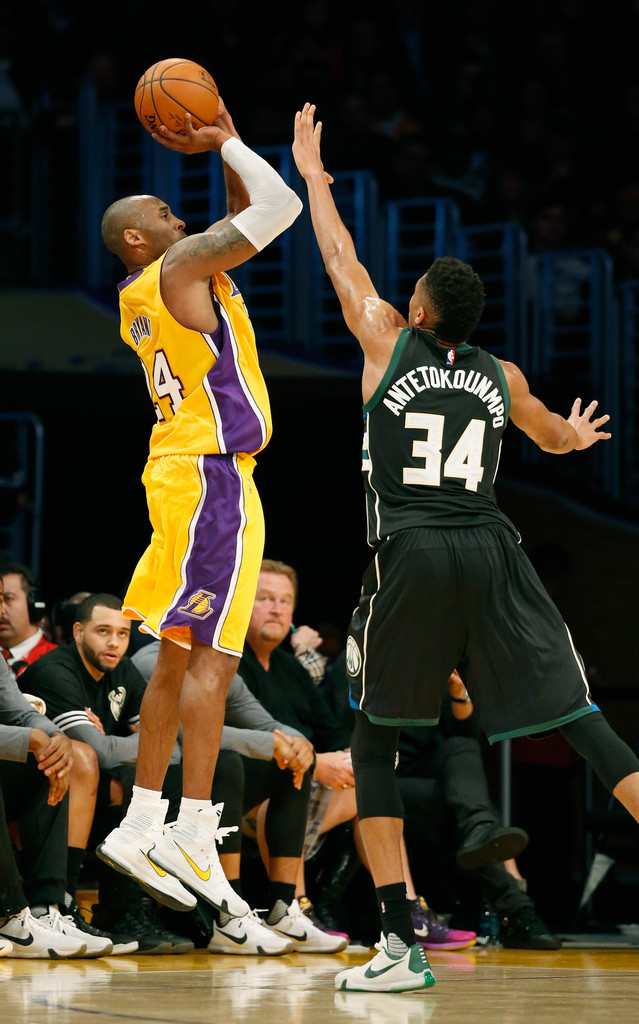 70c17ddbb04 Kobe Bryant and Giannis Antetokounmpo Photos Photos - Milwaukee ...