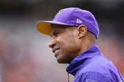 Leslie Frazier Photos Photo