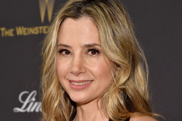 Mira Sorvino The Weinstein Company and Netflix Golden Globe Party - Red Carpet
