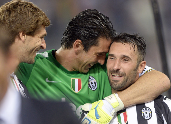 1e0b17622 Mirko Vucinic and Gianluigi Buffon Photos Photos - SS Lazio v FC ...