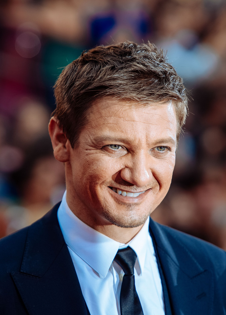 Jeremy Renner Photos Photos - 'Mission Impossible - Rogue ...