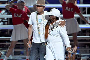 Missy Elliott BET AWARDS '14 - Show