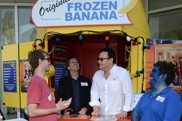 Mitchell Hurwitz The 'Arrested Development' Banana Stand Sets Up Shop