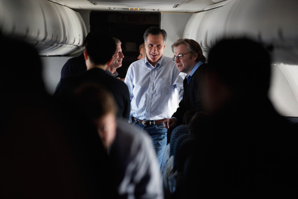 Mitt Romney Takes His Presidential Campaign To New Hampshire [photograph,fun,event,design,photography,crowd,businessperson,conversation,white-collar worker,mitt romney,rick santorum,candidate,campaign advisors,airplane,route,new hampshire,massachusetts,republican,campaign]