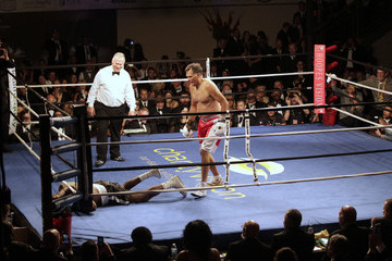 Mitt Romney Mitt Romney Takes on Evander Holyfield in Charity Boxing Event