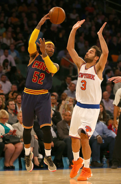 Cleveland Cavaliers v New York Knicks [photograph,basketball,player,sports,basketball moves,basketball player,team sport,ball game,basketball court,tournament,mo williams,user,user,jose calderon 3,user,ball,note,cleveland cavaliers,new york knicks]