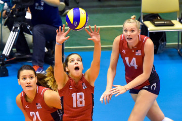 Molly Kreklow USA v Peru - FIVB Women's Volleyball World Cup Japan 2015