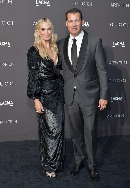 2018 LACMA Art + Film Gala Honoring Catherine Opie And Guillermo Del Toro Presented By Gucci - Red Carpet [lacma art film gala,suit,formal wear,clothing,tuxedo,hairstyle,fashion,premiere,dress,event,carpet,catherine opie,guillermo del toro,molly sims,scott stuber,lacma,gucci,red carpet,netflix,l]