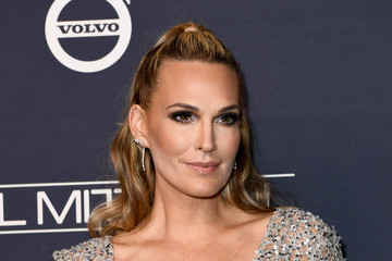 Molly Sims Paul Mitchell Presents the 2017 Baby2Baby Gala - Red Carpet