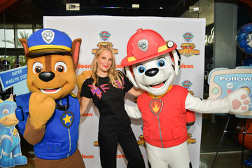 Molly Sims 'PAW Patrol Mighty Pups Super Paws' Advance Screening At Nickelodeon In Burbank