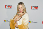 Jennie Garth attends the Much Love Animal Rescue 3rd Annual Spoken Woof Benefit at Microsoft Lounge on October 17, 2019 in Culver City, California.