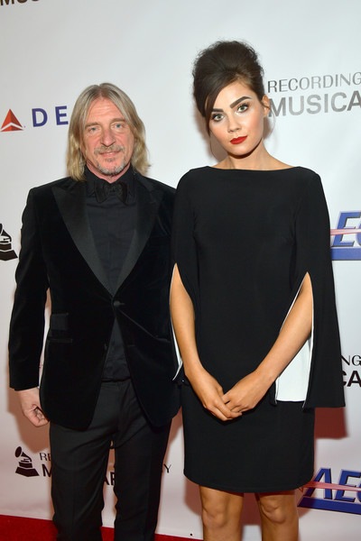 MusiCares Person Of The Year Honoring Dolly Parton – Red Carpet - 1 of 2