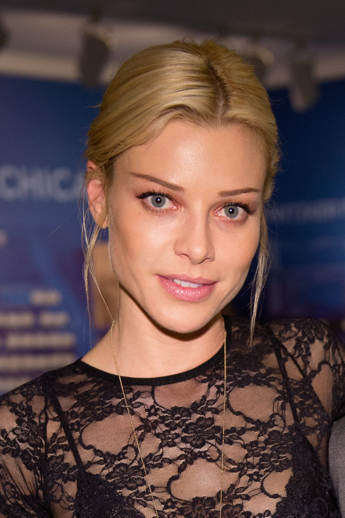 "Lauren German Photos Photos - NBC's ""Chicago Fire ..."