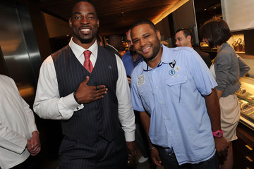 Justin Tuck Anthony Anderson NY Giant Justin Tuck's Charity VIP Reception