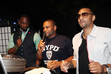 Justin Tuck Anthony Anderson NY Giants Justin Tuck 4th Annual Celebrity Billiards Tournament