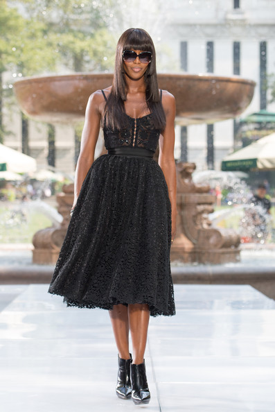 Naomi Campbell - 'The Face' Season 2 Pop-Up Fashion Show