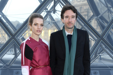Natalia Vodianova Antoine Arnault Louis Vuitton : Photocall - Paris Fashion Week Womenswear Fall/Winter 2019/2020