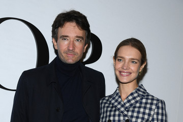 Natalia Vodianova Antoine Arnault Dior : Photocall -  Paris Fashion Week - Womenswear Spring Summer 2021