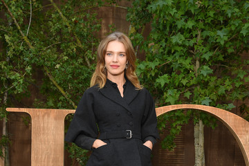 Natalia Vodianova Christian Dior : Photocall -  Paris Fashion Week - Womenswear Spring Summer 2020