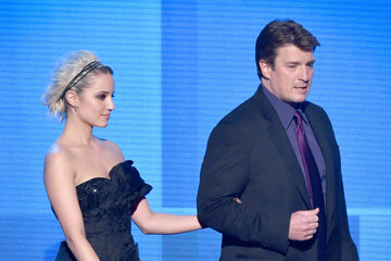 Nathan Fillion American Music Awards Show
