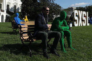 """Nathan Sawaya White House Hosts Innovators At First """"South By South Lawn"""" Gathering"""