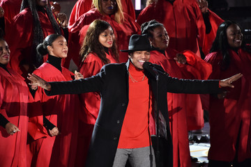 Ne-Yo 87th Annual Rockefeller Center Christmas Tree Lighting Ceremony