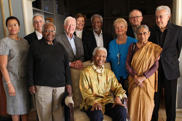 Gro Brundtland Nelson Mandela Is Reunited With The Edlers