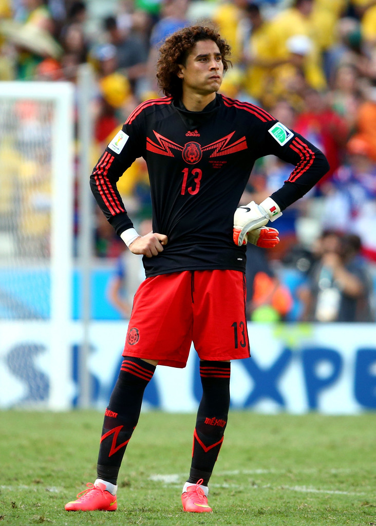 Guillermo ochoa photos photos netherlands v mexico - Guillermo ochoa wallpaper ...
