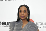 Aisha Tyler attends Neuro Brands Presenting Sponsor At The Elton John AIDS Foundation's Academy Awards Viewing Party on February 09, 2020 in West Hollywood, California.