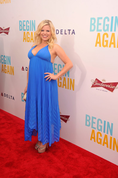 Megan Hilty showed off her breezy maternity style with this handkerchief-hem halter dress during the premiere of 'Begin Again.'