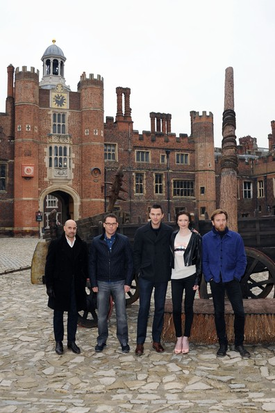 Jack The Giant Slayer - Photocall [jack the giant slayer,tourism,building,palace,architecture,travel,vacation,city,bryan singer,stanley tucci,ewan mcgregor,eleanor tomlinson,nicholas hoult,photocall,l-r,hampton court palace,england]