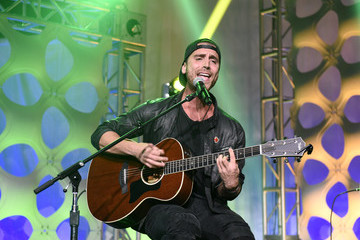 Nick Fradiani What's Trending's Fourth Annual Tubeathon Benefitting American Red Cross