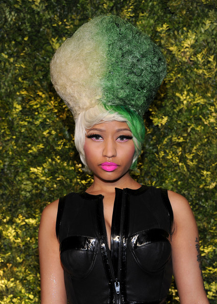nicki minaj 2011 images. Nicki Minaj - 2011 Green